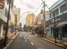 Centro de Araraquara (SP), com comércio fechado por causa do novo coronavírus; cidade vai endurecer medidas - Reprodução/Prefeitura de Araraquara